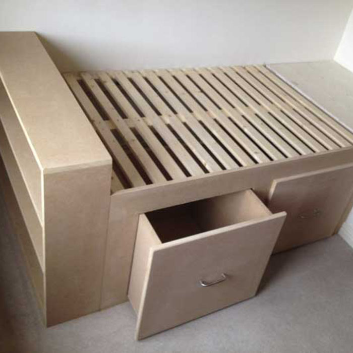 wooden bed project